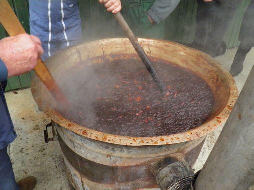 une ramaoujerie de Pommé : une confiture de pomme ancestrale